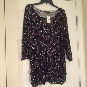 New Size 22/24 Lane Bryant Black Floral Tunic Top